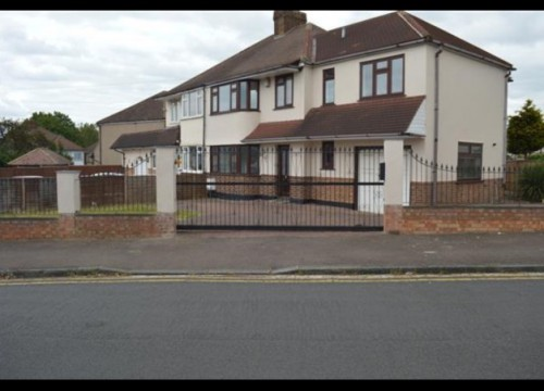 5 Bedroom House For Sale, Brent Close, Dartford