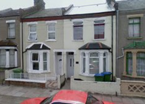 3 Bedroom House to let in Plumstead