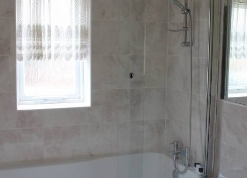 3 Bedroom House To Let in Thamesmead