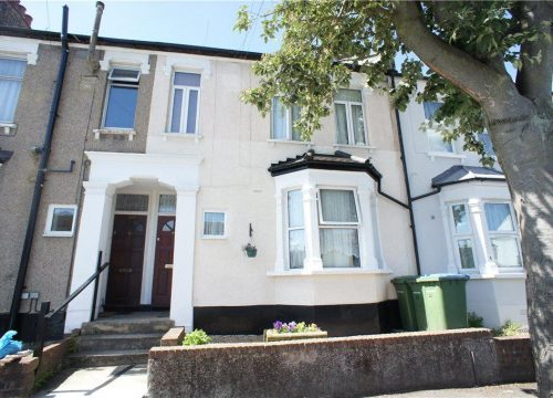 2 Bed to Let in Plumstead