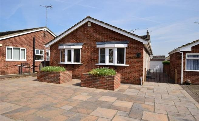 3 Bed Bungalow to Let in Erith