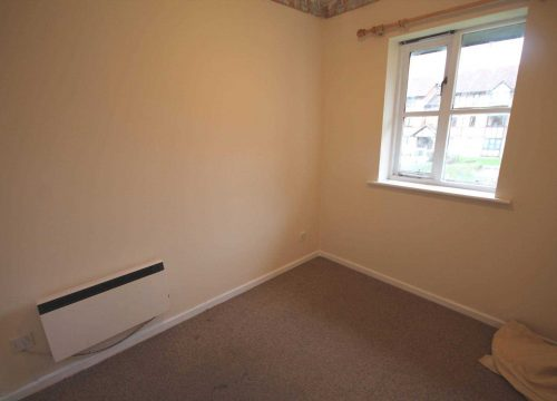 2 Bedroom Flat for Sale in Erith