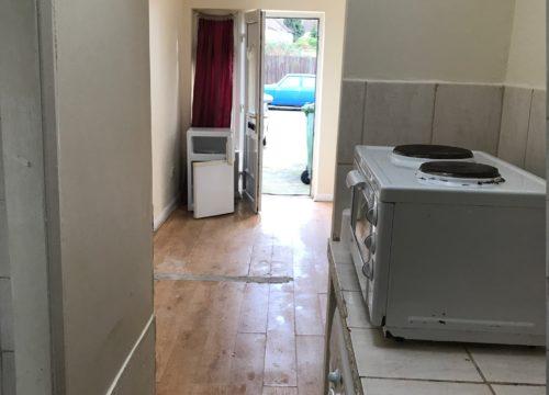Studio for rent in Plumstead