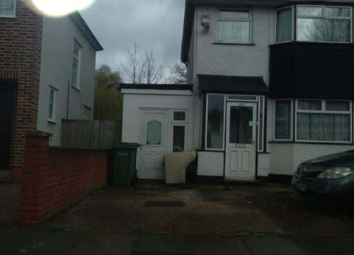 Studio for rent in Plumstead