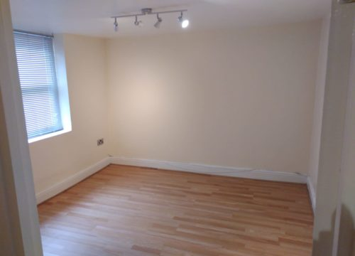1 Bedroom Ground Flat to let in Gravesend